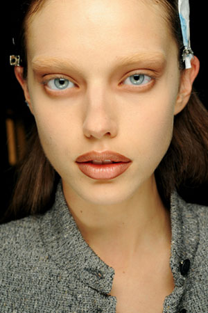 Yay or Nay: Bleached Brows