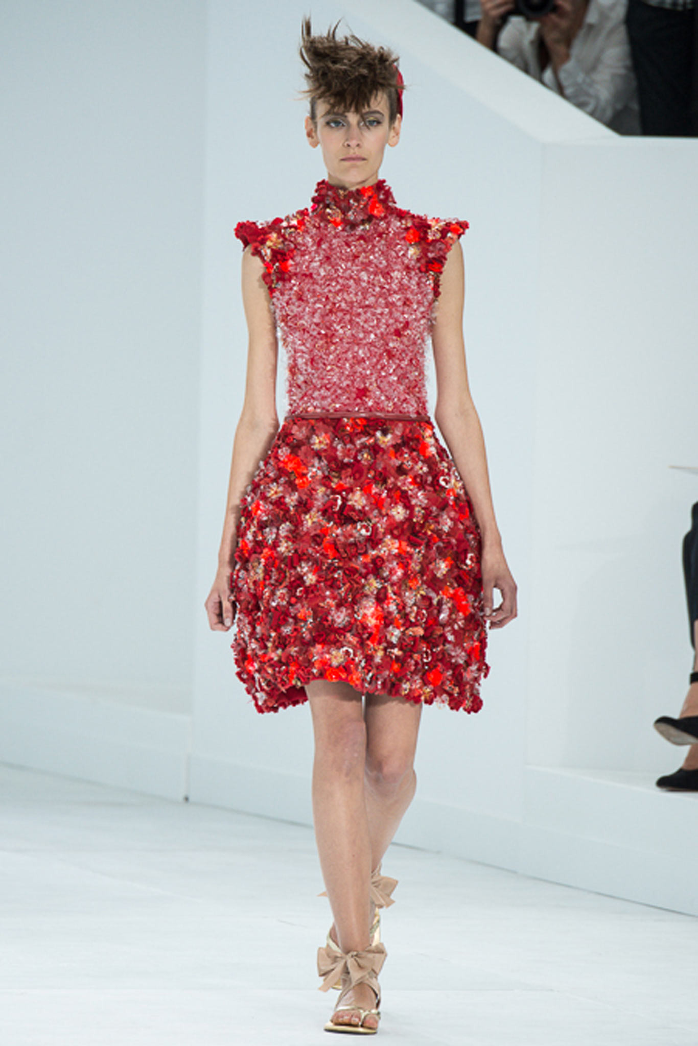 chanel-couture-fall-2014-43_105911370307