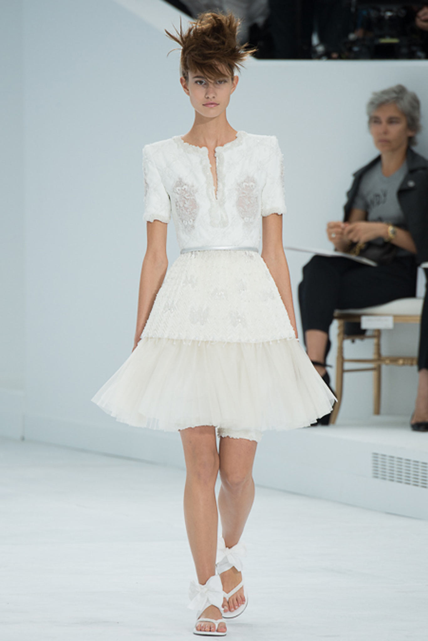 chanel-couture-fall-2014-47_105917735063