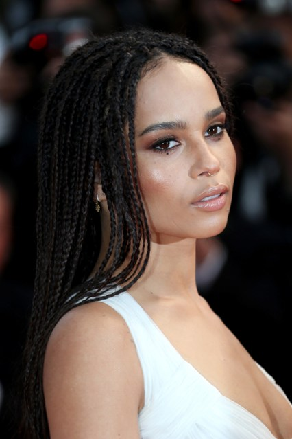 zoe-kravitz-beauty-cannes-vogue-15may15-getty_b_426x639