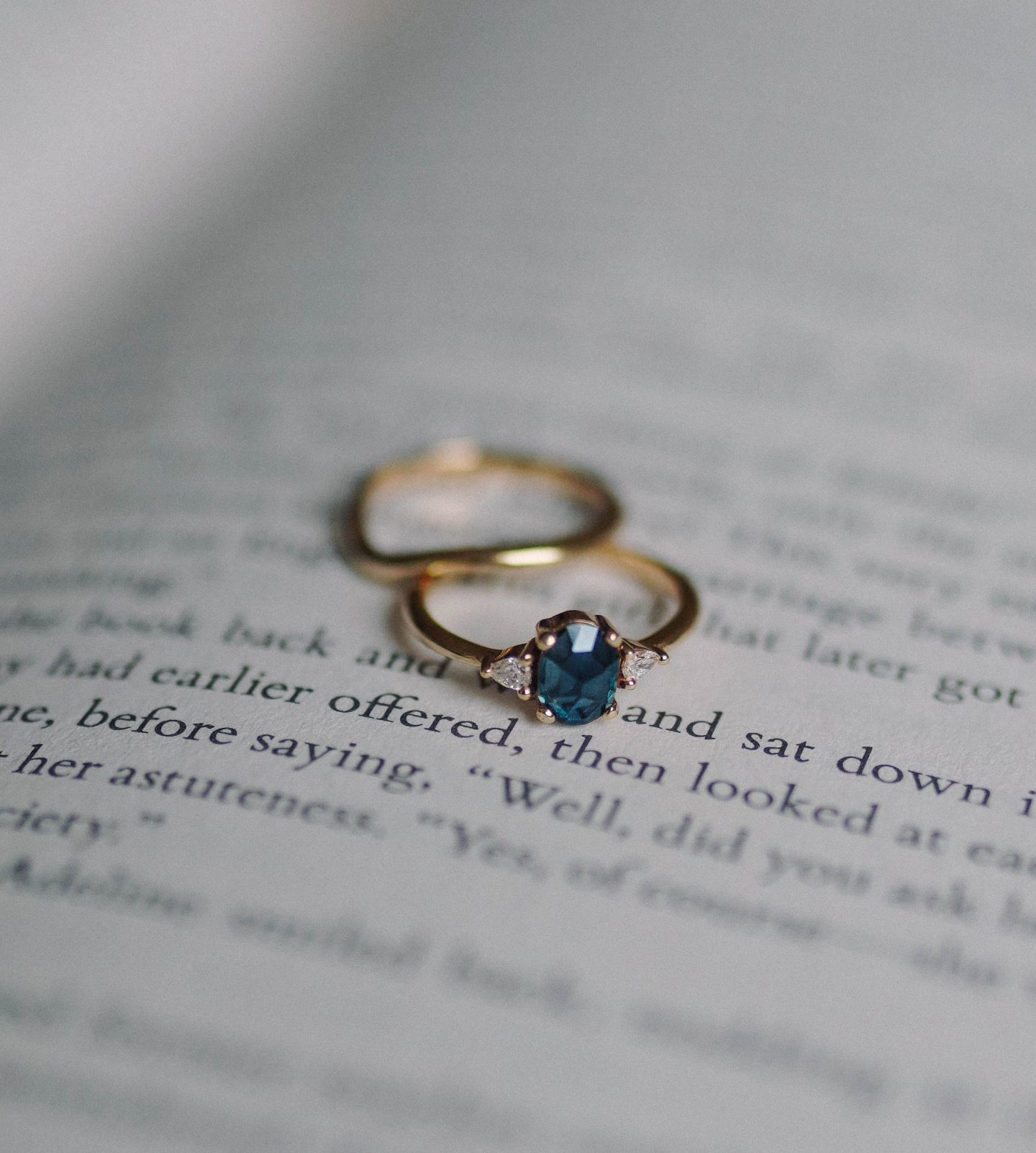 Picking The Perfect Wedding Ring Online During Covid